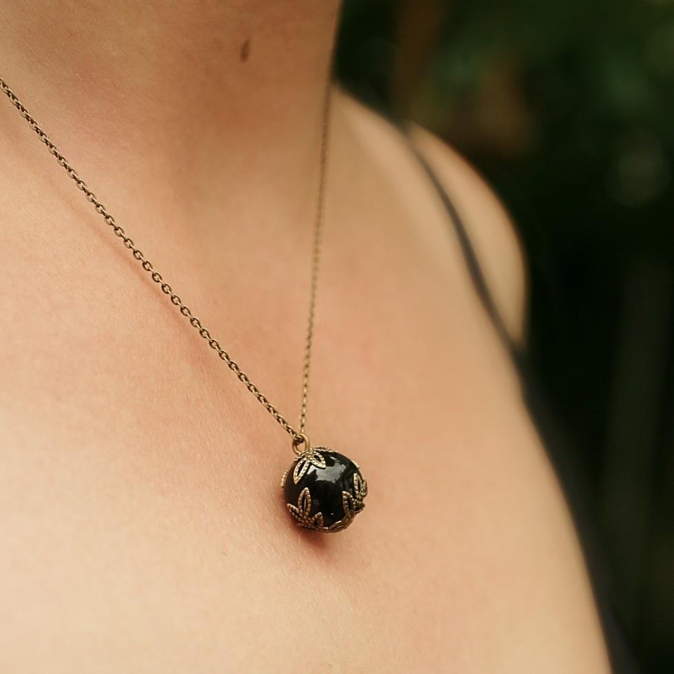 collier pendentif onyx - perle noire