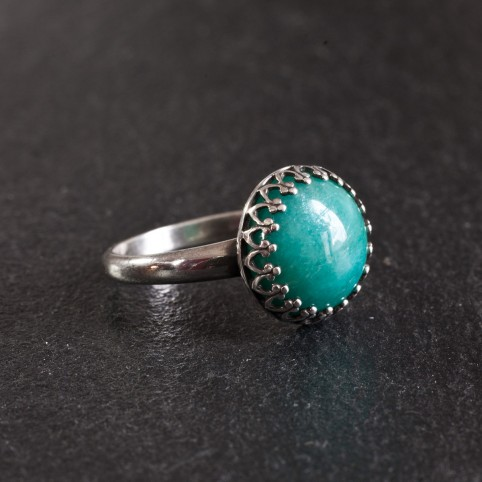 Sertling silver ring with amazonite cabochon
