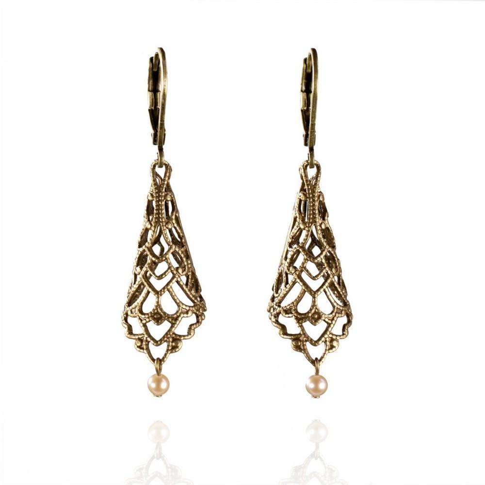 boucles d 39 oreilles pendantes ajour es bronze perle de culture rose. Black Bedroom Furniture Sets. Home Design Ideas