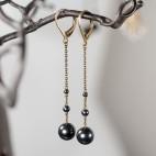 Boucles d'oreilles pendantes longues perles gris metal et bronze avec dormeuses