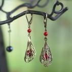 Boucles d'oreilles dormeuses filigrane corail rouge