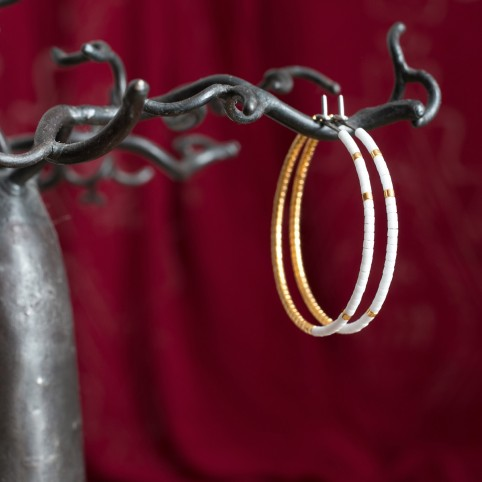 Pure titanium hoop earrings with white and gold glass beads for sensitive ears