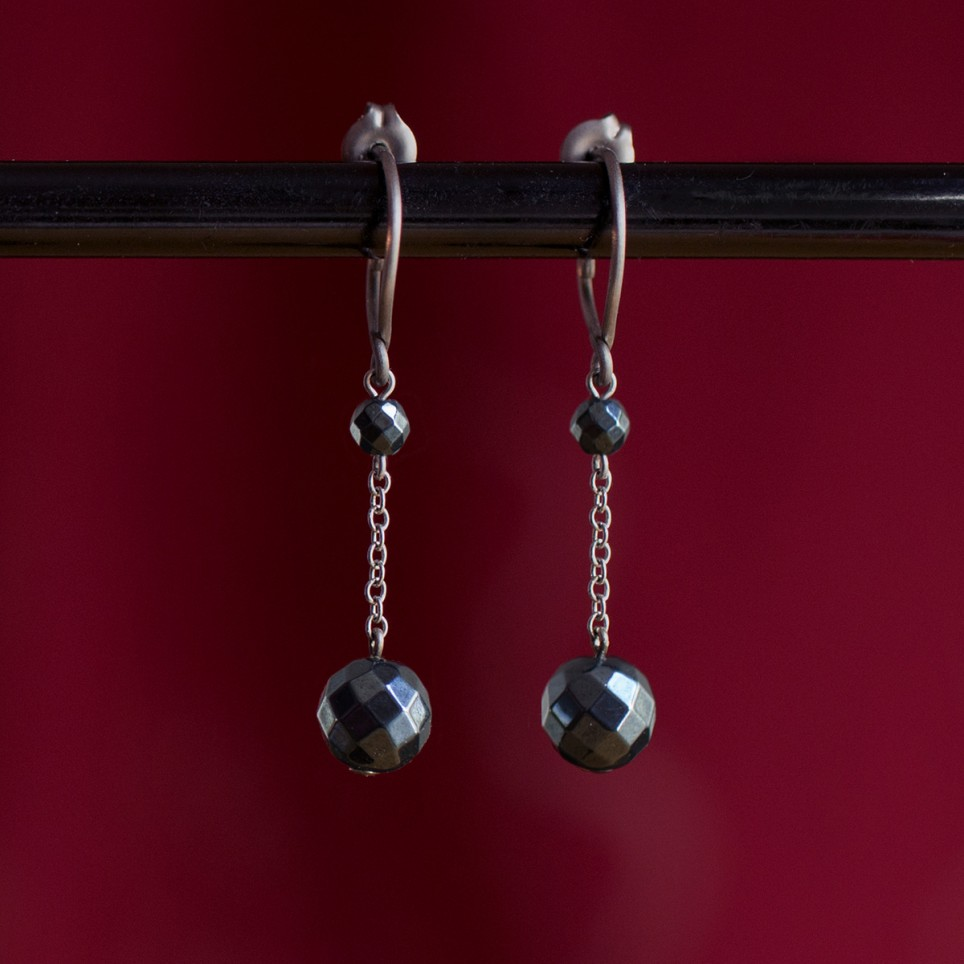 Pure titanium and hematite drop earrings - hypoallergenic earrings for sensitive ears, nickel free
