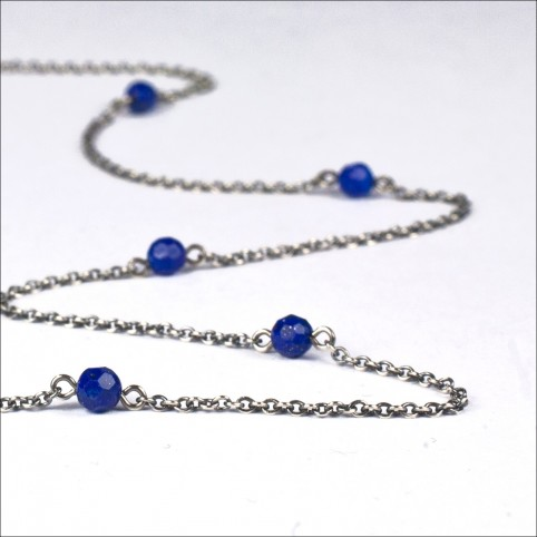 Antique 925 sterling silver necklace with faceted lapis lazuli beads - Snow white